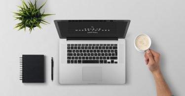 Laptop, notepad